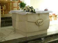 Sculture l 39 artefatto di claudio naccari for Arredi cimiteriali